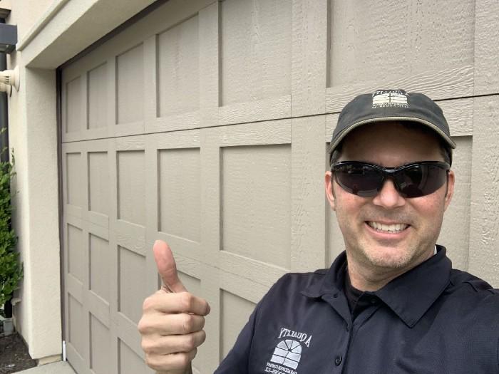10-Tips-for-Garage-Door-Repair-In-No-Time
